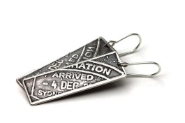 Passport serie. Arrived earrings. Oxydised sterling silver